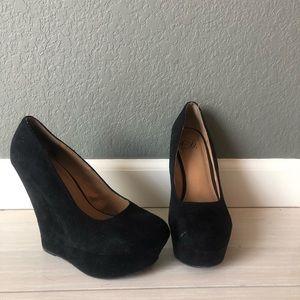 Shoes - Black Wedge Heels